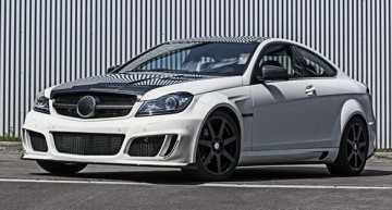 M-Benz C-Class Coupe寛体车身套件 by Mansory