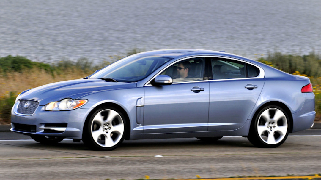 the-2009-jaguar-xf-sedan-is-driven-in-san-diego-california-2